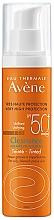Perfumería y cosmética Crema solar con color para rostro, SPF50+ - Avene Solaire Cleanance Tinted SPF50+ Sun Cream