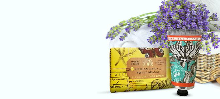 Rebajas del 15% en toda la gama de productos de The English Soap Company. Los precios indicados tienen el descuento aplicado