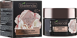 Perfumería y cosmética Crema facial con aceite de camelia, ceramidas y ácido hialurónico - Bielenda Camellia Oil Luxurious Anti-Wrinkle Cream 40+