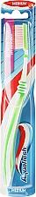 Perfumería y cosmética Cepillo de dientes flexible, dureza media, verde - Aquafresh Interdental