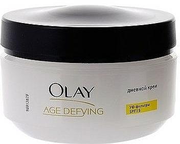 Crema de día antiedad con extracto de té verde y ceramidas, SPF15 - Olay Age Defying Day Cream  — imagen N4