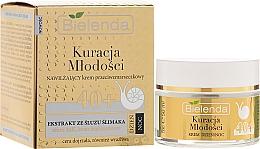 Perfumería y cosmética Crema facial con extracto de baba de caracol y aceite de aguacate 40+ - Bielenda Kuracja Mlodosci Cream 40+