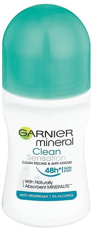 Desodorante antitranspirante roll-on anti manchas blancas, sin alcohol - Garnier Mineral Clean Sensation Roll On