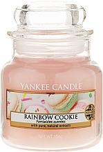 Perfumería y cosmética Vela aromática en tarro, galletas arcoíris - Yankee Candle Rainbow Cookie