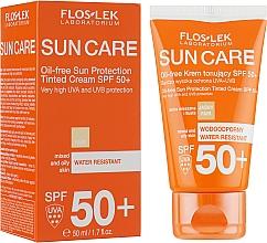 Perfumería y cosmética Crema con color de protección solar resistente al agua - Floslek Sun Protection Cream SPF50+