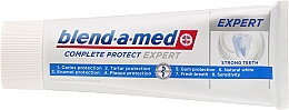 Pasta dental con fluoruro - Blend-a-med Oral-B Complete Protect Expert Strong Teeth Toothpaste — imagen N2