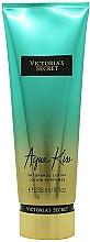 Perfumería y cosmética Loción perfumada para manos y cuerpo con aroma a fresia & margarita - Victoria's Secret Fantasies Aqua Kiss Lotion