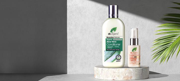 Rebajas del 30% en toda la gama de productos de Dr. Organic. Los precios indicados tienen el descuento aplicado