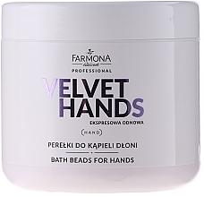 Perfumería y cosmética Perlas de baño de manos con aroma a lirios y lila - Farmona Professional Velvet Hands Bath Beads For Hands