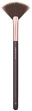 Perfumería y cosmética Brocha en forma de abanico para ilumadores №105 - London Copyright Medium Fan Brush 105