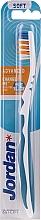Perfumería y cosmética Cepillo de dientes con tapa protectora, suave, blanco y azul - Jordan Advanced Soft Toothbrush