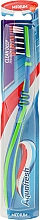 Perfumería y cosmética Cepillo de dientes flexible, dureza media, verde y azul - Aquafresh Clean Deep Medium