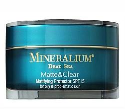 Perfumería y cosmética Crema facial protectora con extractos minerales del Mar Muerto SPF15 - Mineralium Matte&Clear Matifying Protector SPF15
