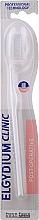 Perfumería y cosmética Cepillo dental postoperatorio 7/100, blanco - Elgydium Clinic 7/100