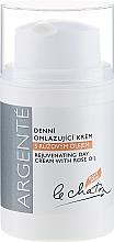 Perfumería y cosmética Crema de día rejuvenecedora con aceite de rosa y proteína de leche - Le Chaton Argente Rose Oil Rejuvanating Day Cream
